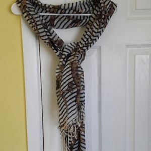 Pretty Persuations scarf